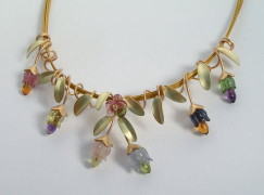 gold vine necklace